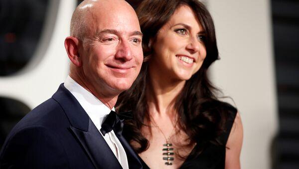 89. Akademi Ödülleri - Oscarlar Vanity Fair Partisi - Amazon CEO'su Jeff Bezos ile eşi MacKenzie Bezos - 26/02/17 - Sputnik Türkiye