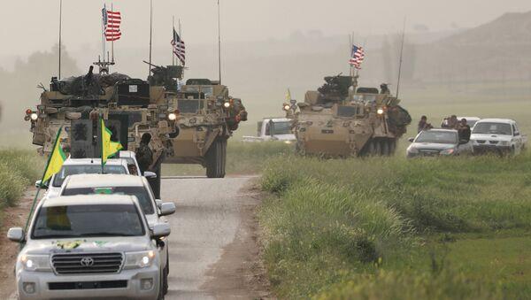 YPG, DSG ile birlikte devriye gezen ABD güçleri - Sputnik Türkiye