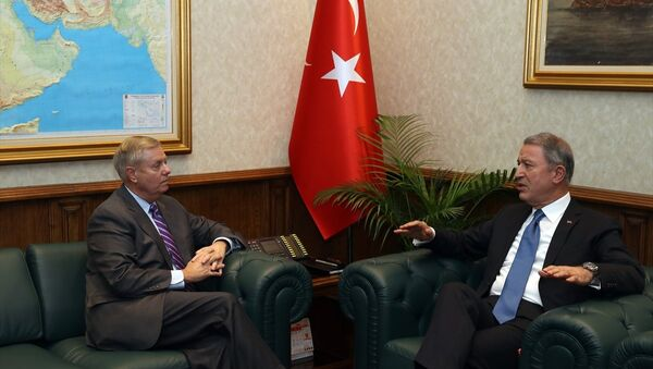 ABD'li Senatör Lindsey Graham-Milli Savunma Bakanı Hulusi Akar - Sputnik Türkiye