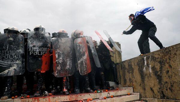 Atina'da Prespa protestosu - Sputnik Türkiye