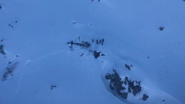 Alpler'de helikopter ile yolcu uçağı çarpıştı: 5 ölü - Sputnik Türkiye