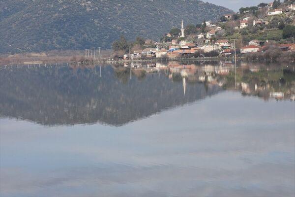 Büyük Menderes Nehri taştı - Sputnik Türkiye