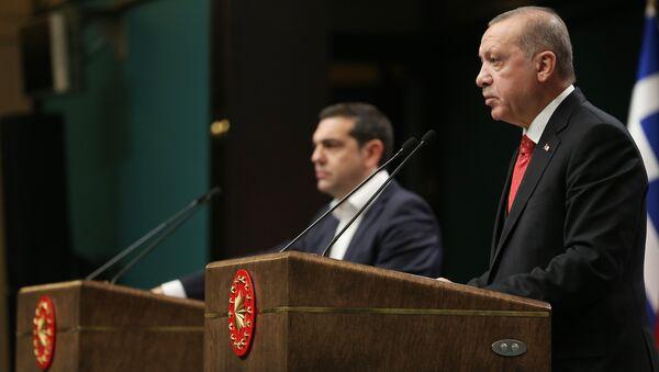 Cumhurbaşkanı Recep Tayyip Erdoğan, Yunanistan Başbakanı Aleksis Çipras - Sputnik Türkiye