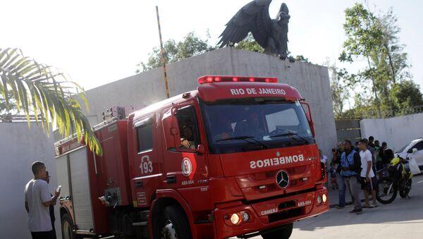 Flamengo Başkanı Landim, tesislerde çıkan ve 10 kişinin yaşamını yitirdiği yangına ilişkin, Çok üzgünüz. 123 yıllık kulüp tarihindeki en büyük trajediyi yaşıyoruz dedi. - Sputnik Türkiye