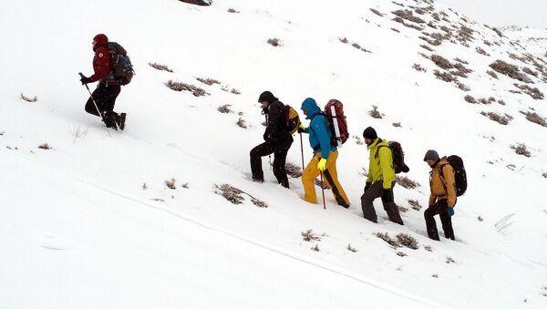 Türk ve Rus dağcılar, 103 yıl sonra atalarının savaştığı Kargapazar Dağı'na tırmandı - Sputnik Türkiye