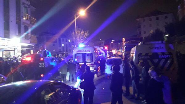 İstanbul Çekmeköy'de askeri helikopter düştü - Sputnik Türkiye