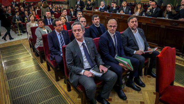 Madrid'deki İspanya Yüksek Mahkemesi'nde Katalan ayrılıkçı liderlerin davası - Sputnik Türkiye