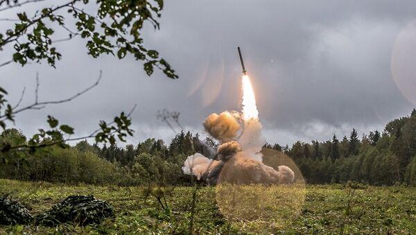 Intermediate-Range Nuclear Forces Treaty - Sputnik Türkiye