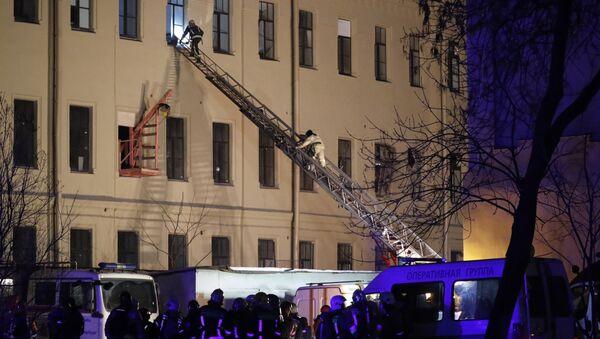 Rusya'da üniversite binası çöktü: 21 kişi enkaz altında kaldı - Sputnik Türkiye