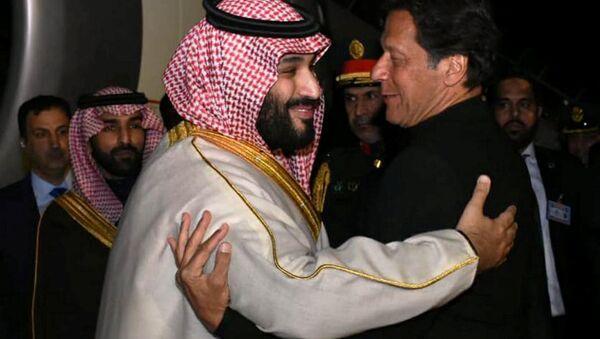 Suudi Arabistan Veliaht Prensi Muhammed bin Selman - Pakistan Başbakanı İmran Han - Sputnik Türkiye