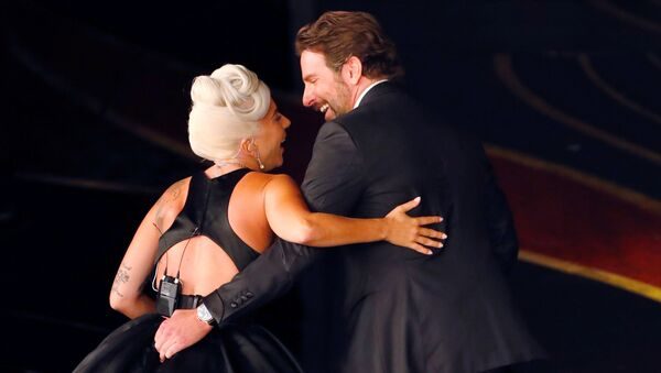 Oscar Ödül Töreni'nde Lady Gaga ve Bradley Cooper - Sputnik Türkiye