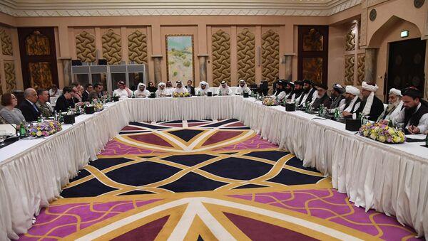 ABD'nin Afganistan Özel Temsilcisi Zalmay Halilzad, Taliban heyeti ve Katar hükümet yetkilileri, Doha'da buluştu - Sputnik Türkiye