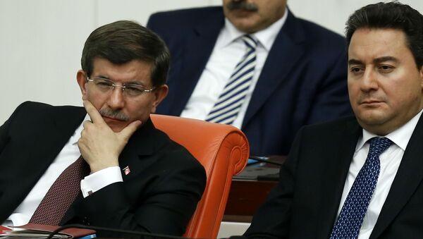 Ahmet Davutoğlu, Ali Babacan - Sputnik Türkiye
