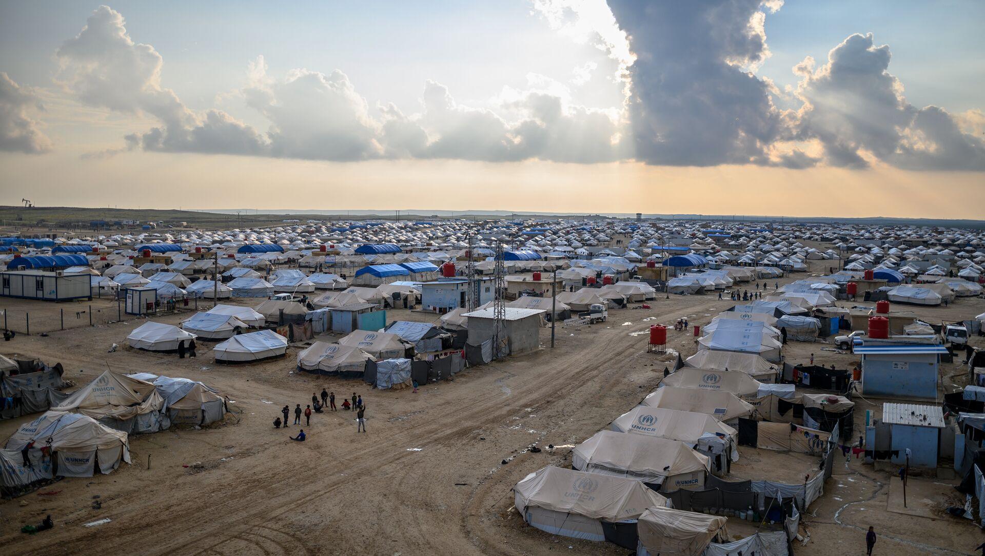 Suriye'nin kuzeyinde bulunan Al-Hol mülteci kampı - Sputnik Türkiye, 1920, 09.02.2021