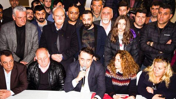 CHP'nin Buca Belediye Başkan adayı olarak açıklandıktan sonra ismi Erhan Kılıç ile değiştirilen Suat Nezir - Sputnik Türkiye