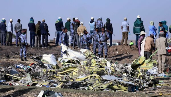 Etiyopya Havayollarına ait Nairobi-Addis Ababa seferini yapan Boeing 737 Max 8 tipi yolcu uçağı düştü - Sputnik Türkiye
