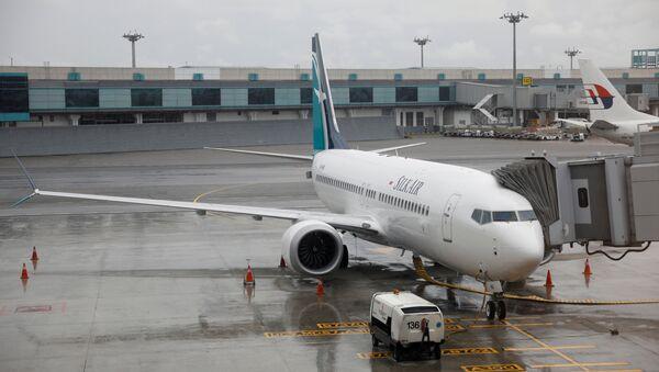Etiyopya ve endonezya'daki kazalarla gündeme gelen Boeing 737 Max 8 tipi yolcu uçağı - Sputnik Türkiye