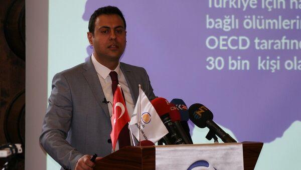 TBMM Çevre Mühendisleri Oda Başkanı Dr. Baron Bozoğlu - Sputnik Türkiye