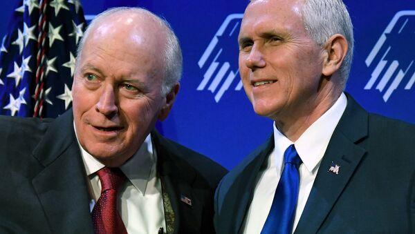 Dick Cheney-Mike Pence - Sputnik Türkiye