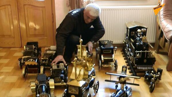 Eski dikiş makinelerinden maket araba yaptı - Sputnik Türkiye