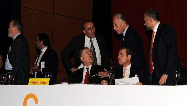 Galatasaray'ın Lütfi Kırdar Kongre Merkezi Anadolu Auditorium Toplantı Salonu'nda yapılan olağan genel kurulu - Sputnik Türkiye