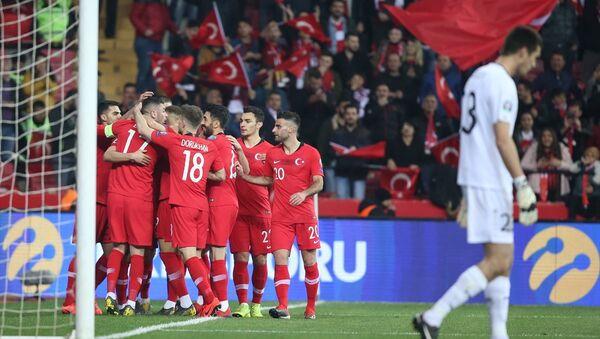 Türkiye A Milli Futbol Takımı, 2020 Avrupa Şampiyonası (EURO 2020) Elemeleri H Grubu ikinci maçında Moldova'yı 4-0 yendi. - Sputnik Türkiye