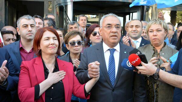 Handan Toprak Benli - Sputnik Türkiye