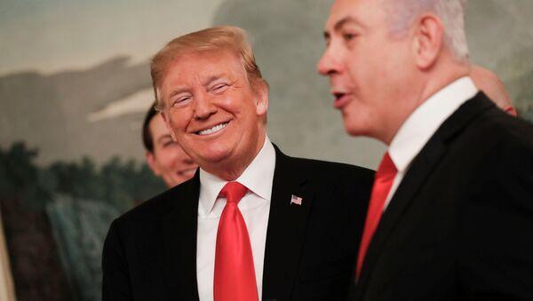 ABD Başkanı Donald Trump ile İsrail Başbakanı Benyamin Netanyahu, Beyaz Saray'da bir araya geldi - Sputnik Türkiye