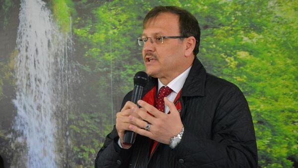 Türkiye Büyük Millet Meclisi (TBMM) İnsan Haklarını İnceleme Komisyonu Başkanı Hakan Çavuşoğlu - Sputnik Türkiye