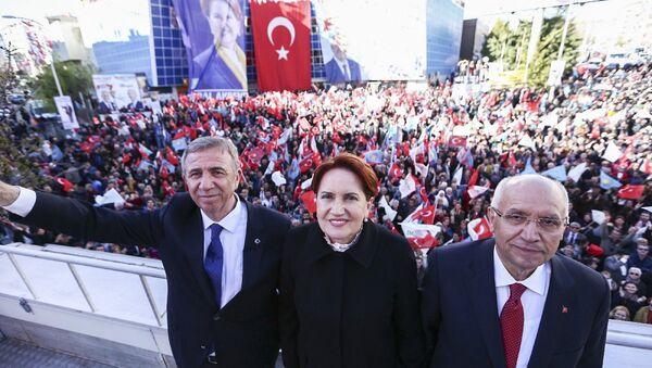 Mansur Yavaş - Meral Akşener - Sputnik Türkiye