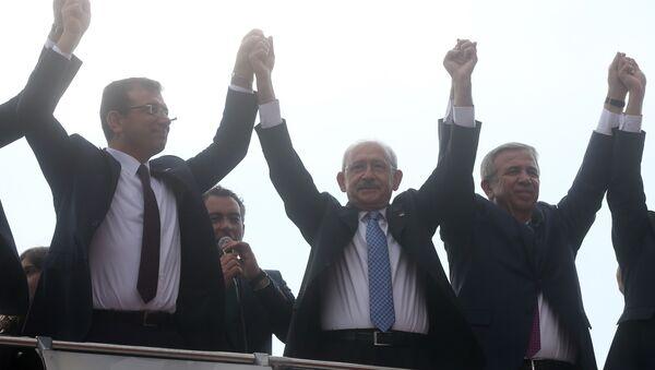 CHP Genel Başkanı Kemal Kılıçdaroğlu, CHP İstanbul Büyükşehir Belediye Başkan adayı Ekrem İmamoğlu ve CHP Ankara Büyükşehir Belediye Başkan Adayı Mansur Yavaş - Sputnik Türkiye