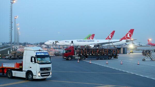THY'nin, Atatürk Havalimanı'ndan yeni evi İstanbul Havalimanı'na taşınma işlemi - Sputnik Türkiye