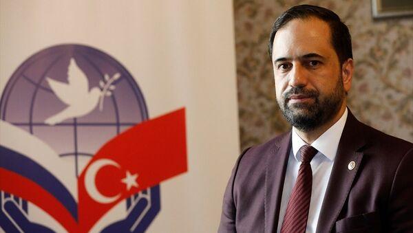 Türk-Rus Toplumsal Forumu Türk Kanadı Eş Başkanı Ahmet Berat Çonkar - Sputnik Türkiye
