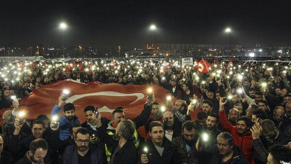 Uber şoförlerinden protesto - Sputnik Türkiye