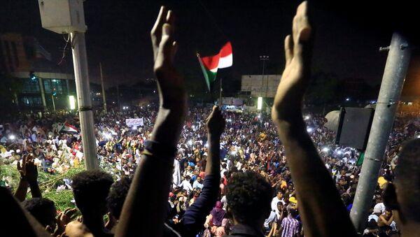 Sudan'daki gösteriler - Sputnik Türkiye