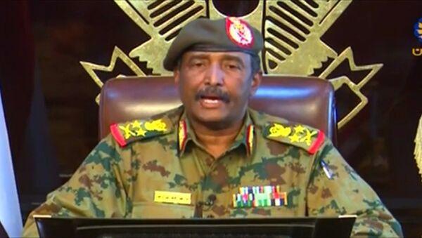 Sudan Askeri Geçiş Konseyi Başkanı Abdulfettah el-Burhan - Sputnik Türkiye