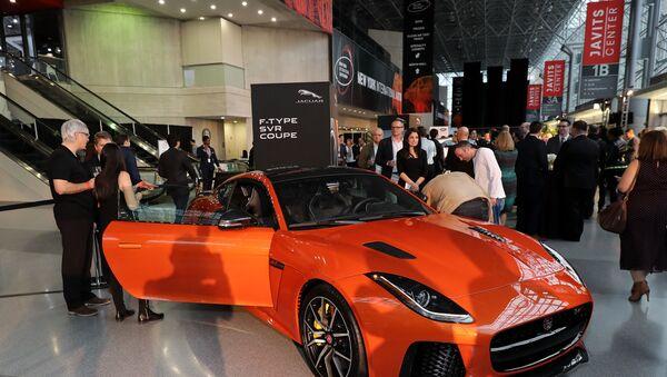 New York Auto Show Fuarı'nda, World Car of the Year 2019 ödüllerinin sahipleri açıklandı - Sputnik Türkiye