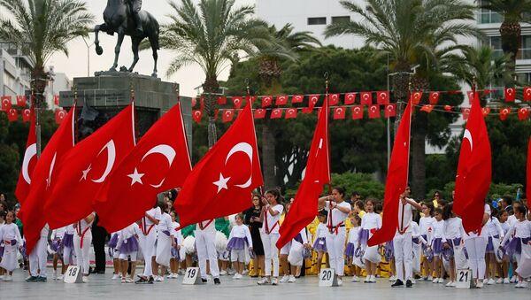 23 Nisan kutlamaları - İzmir - Sputnik Türkiye