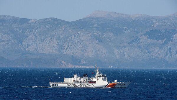 'Yunanistan, Türkiye'nin Ege Denizi'ndeki ihlallerin listesini ABD'ye teslim etti' - Sputnik Türkiye