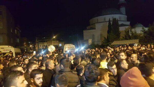Küçükçekmece, taciz, protesto - Sputnik Türkiye