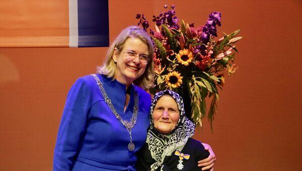 Hollanda'da 82 yaşındaki Türk'e kraliyet nişanı verildi - Sputnik Türkiye