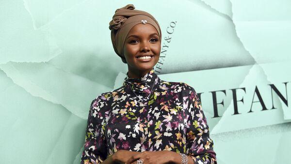 Somali asıllı Amerikalı Müslüman model Halima Aden - Sputnik Türkiye