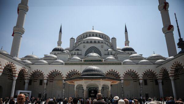 Büyük Çamlıca Camii - Sputnik Türkiye