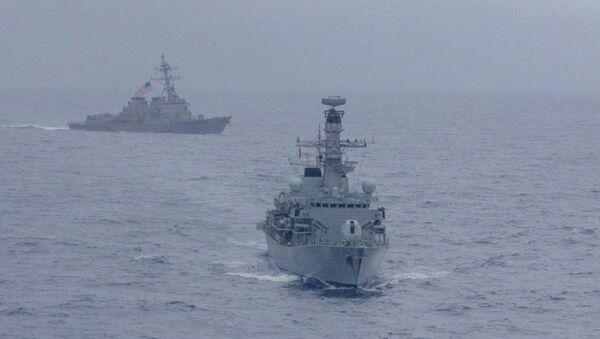 Güney Çin Denizi'ndeki ABD destroyerleri - Sputnik Türkiye
