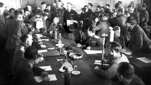 8 Mayıs 1945: Nazi Almanya'sının teslimiyeti - Sputnik Türkiye