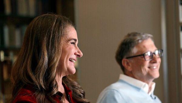 Bill Gates ve eşi Melinda Gates - Sputnik Türkiye