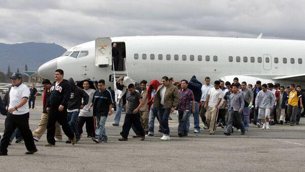 ABD-sınır dışı edilen göçmenler - Sputnik Türkiye