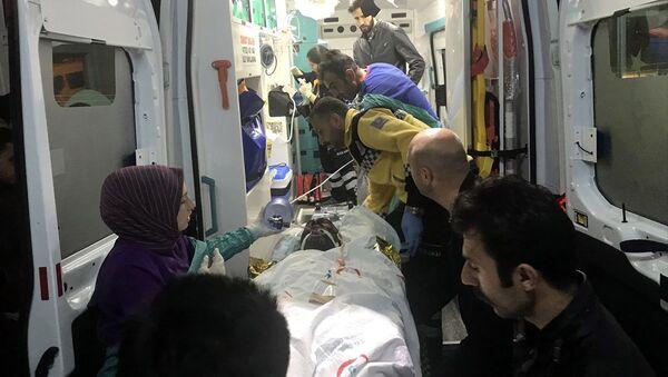 Ardahan'daki bir köyde taş ocağında yaşanan patlamada 4 kişi ağır yaralandı. - Sputnik Türkiye