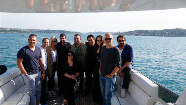 komedi filmi Hareket Sekiz'in oyuncuları  - Sputnik Türkiye
