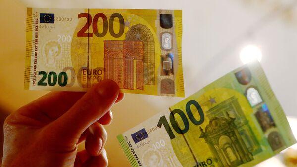 Yeni 100 ve 200 euro'luk banknotlar tedavülde - Sputnik Türkiye